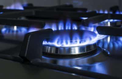 El Gobierno confirmó que no habrá más aumentos de gas, luz y combustibles en 2021