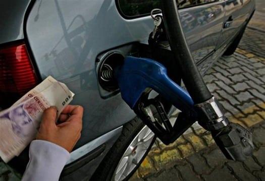 La venta de combustibles subió 2,3% en agosto, pero sigue 25% por debajo de prepandemia