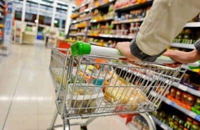 El Gobierno retrotrae precios de 1.432 productos al 1 de octubre
