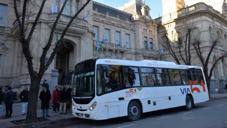 colectivo a Cabildo- 520