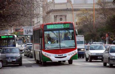Menos subsidios al transporte público del interior