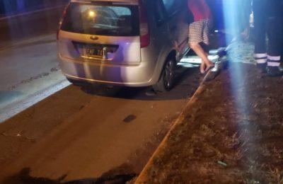 Iba alcoholizado, chocó un auto y lo hizo volcar