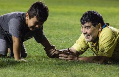 Tras la muerte de Diego Maradona, Dieguito Fernando volvió a entrenar y Verónica Ojeda no pudo contener su orgullo