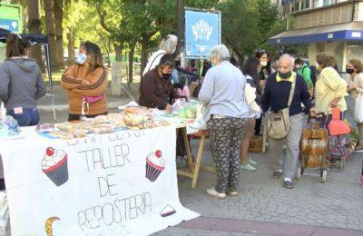 Feria de la economía popular en la Plaza Rivadavia