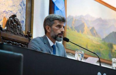 Violento asalto al intendente de Mendoza: tres delincuentes lo dejaron semidesnudo en un cerro descampado