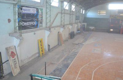 """Villa Mitre """"vende"""" el piso del estadio José Martínez"""