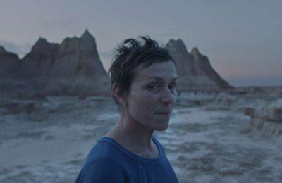 """Estrenos de cine: """"Nomadland"""", la favorita para el Oscar, entre la realidad y la ficción"""