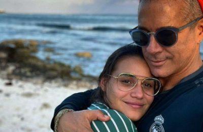 Fernando Carrillo desató un escándalo en Instagram: se sacó una selfie junto a su esposa en pleno trabajo de parto