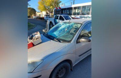 Un ciclista resultó herido al impactar contra un auto