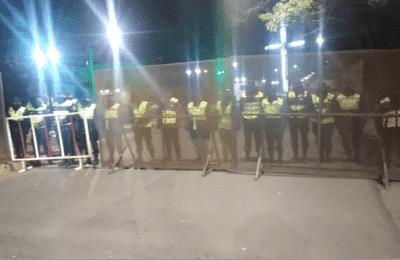 """Al grito de """"que se vaya"""", una protesta recibió a Alberto Fernández en Salta"""