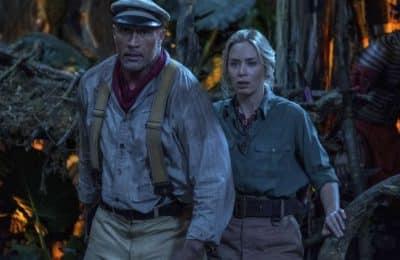 """Estrenos de cine: entre el tiempo terrorífico de """"Viejos"""" y la aventura familiar de """"Jungle Cruise"""""""