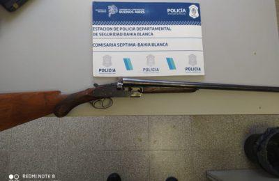 Sus hijos lo redujeron tras amenazar a su familia con una escopeta