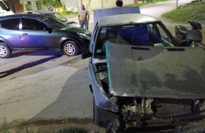Una mujer heridas tras un choque entre tres vehículos