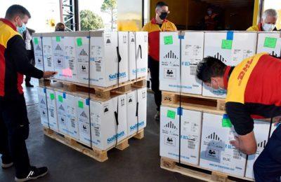 Argentina recibió 822.100 dosis de AstraZeneca y se acerca a las 70 millones de vacunas