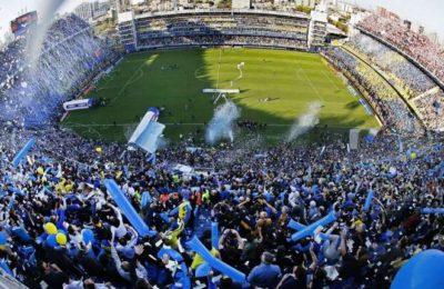 El Gobierno habilitó la vuelta de los hinchas a los estadios de fútbol con un aforo del 50% y el Superclásico se jugaría con público