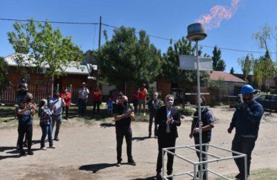 El intendente habilitó ampliación de red de gas en Punta Blanca